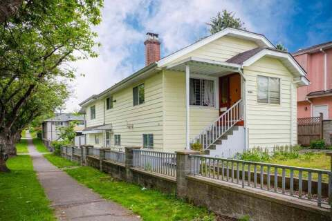 House for sale at 3708 Dumfries St Vancouver British Columbia - MLS: R2495600