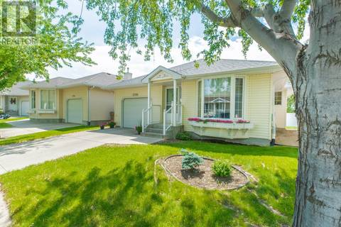 House for sale at 3708 Queens Gt Regina Saskatchewan - MLS: SK766730