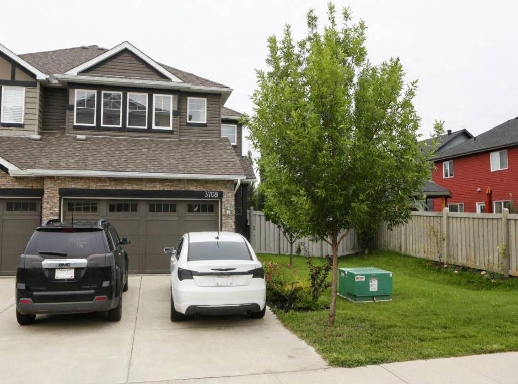 Townhouse for sale at 3708 Whitelaw Ln Nw Edmonton Alberta - MLS: E4184647