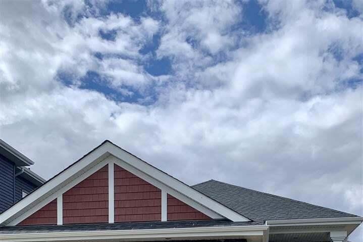 House for sale at 3709 Hummingbird Wy NW Edmonton Alberta - MLS: E4198945