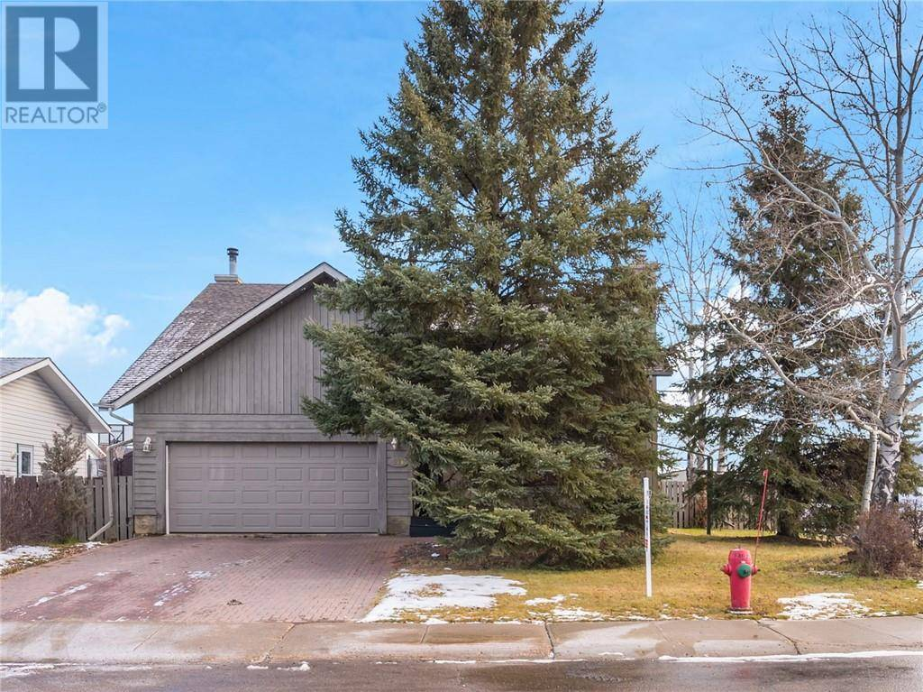 House for sale at 371 Cornwall Dr Fort Mcmurray Alberta - MLS: fm0181430