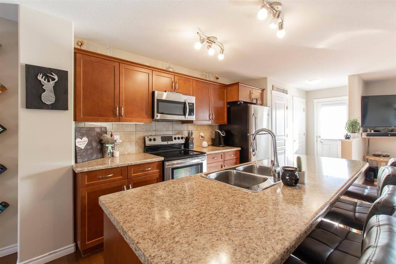 Townhouse for sale at 371 Secord Blvd Nw Edmonton Alberta - MLS: E4191922