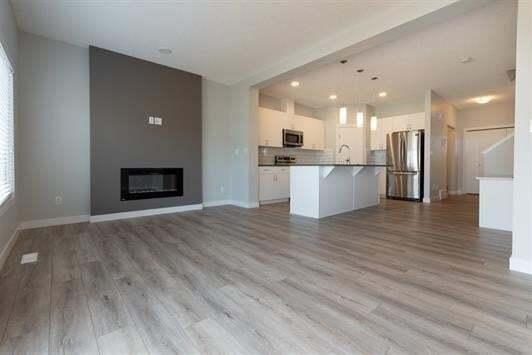 3710 4 Street NW, Edmonton | Image 2