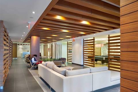 Apartment for rent at 15 Iceboat Terr Unit 3711 Toronto Ontario - MLS: C4393038