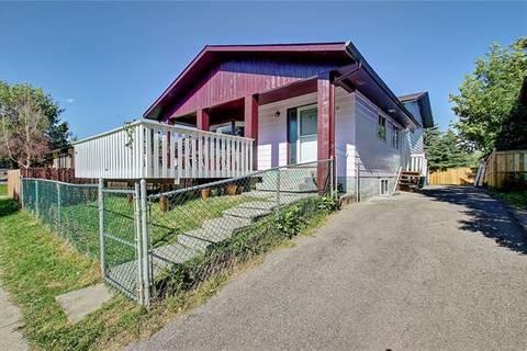 House for sale at 3716 39 St Northeast Calgary Alberta - MLS: C4260993