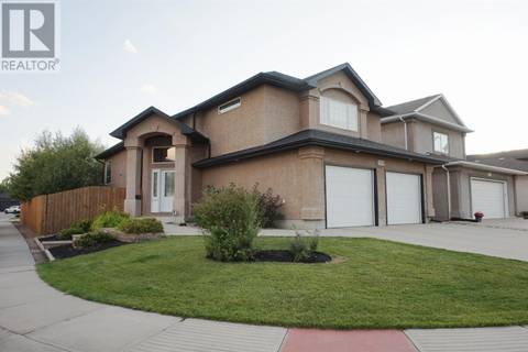 House for sale at 3719 Sandringham Rd Regina Saskatchewan - MLS: SK786235