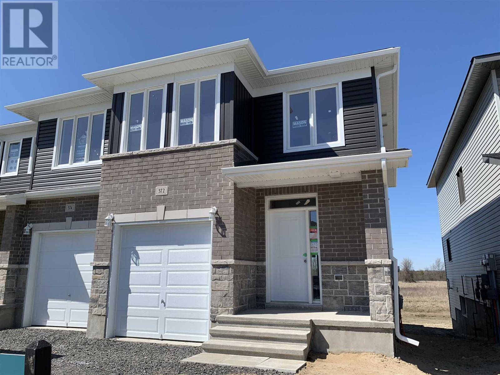 Townhouse for sale at 372 Buckthorn Dr Kingston Ontario - MLS: K20002161