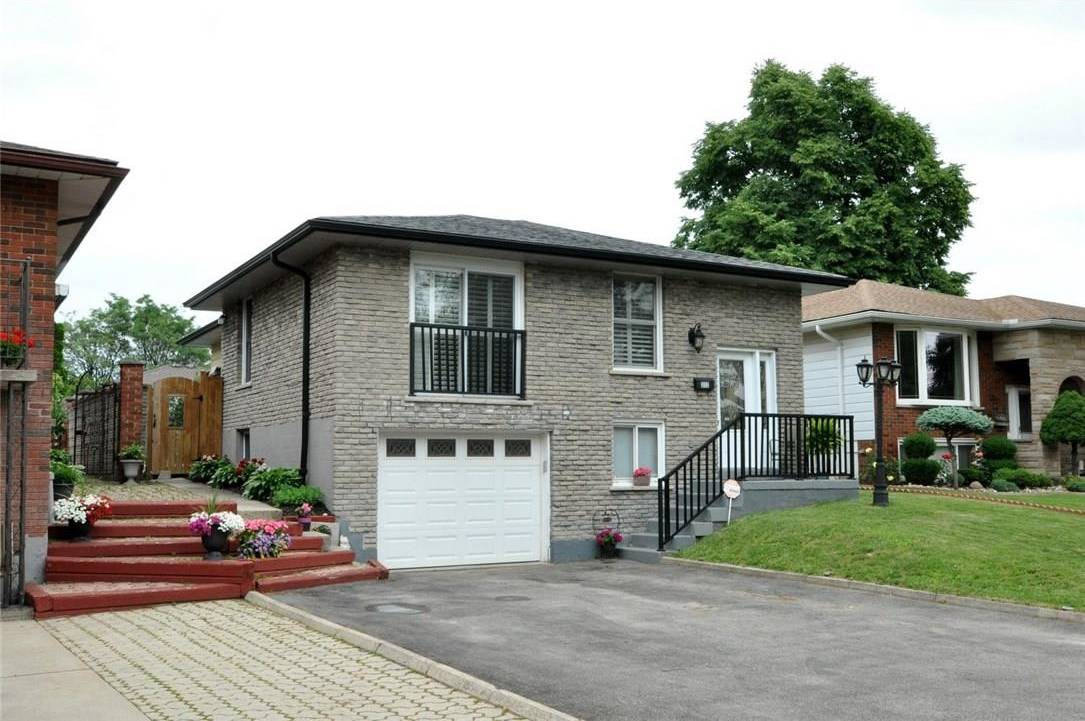 House for sale at 372 Cranbrook Dr Hamilton Ontario - MLS: H4060446