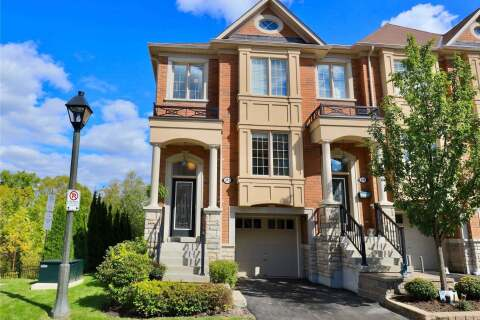 Townhouse for sale at 372 Doak Ln Newmarket Ontario - MLS: N4920885