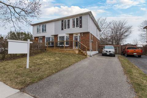 Townhouse for sale at 372 Rosedale Dr Whitby Ontario - MLS: E4424150