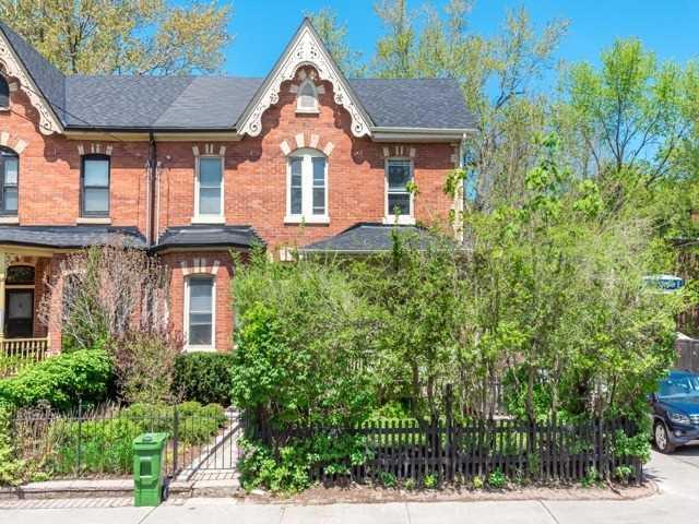 Sold: 372 Wellesley Street, Toronto, ON