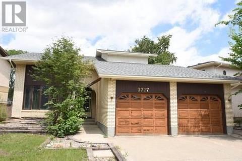 House for sale at 3727 Edinburgh Dr Regina Saskatchewan - MLS: SK779024