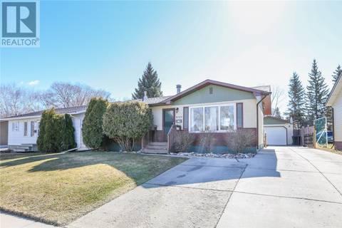 House for sale at 3727 Fairlight Dr Saskatoon Saskatchewan - MLS: SK779509