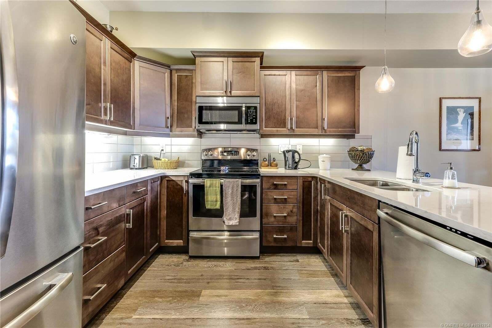 Condo for sale at 3731 Casorso Rd Kelowna British Columbia - MLS: 10212704