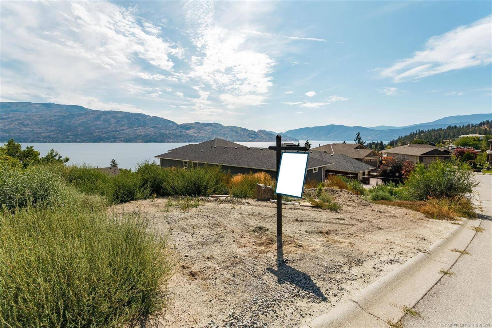 Residential property for sale at 3735 Lornell Ct Peachland British Columbia - MLS: 10191423