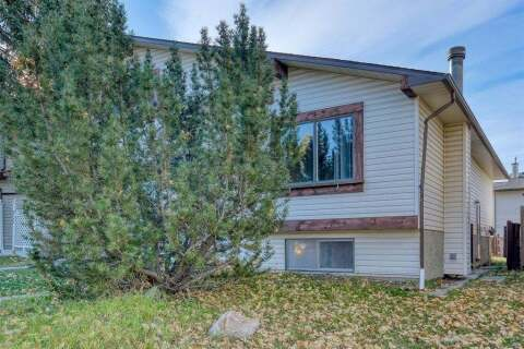 Townhouse for sale at 3738 Cedarille Dr SW Calgary Alberta - MLS: A1037615