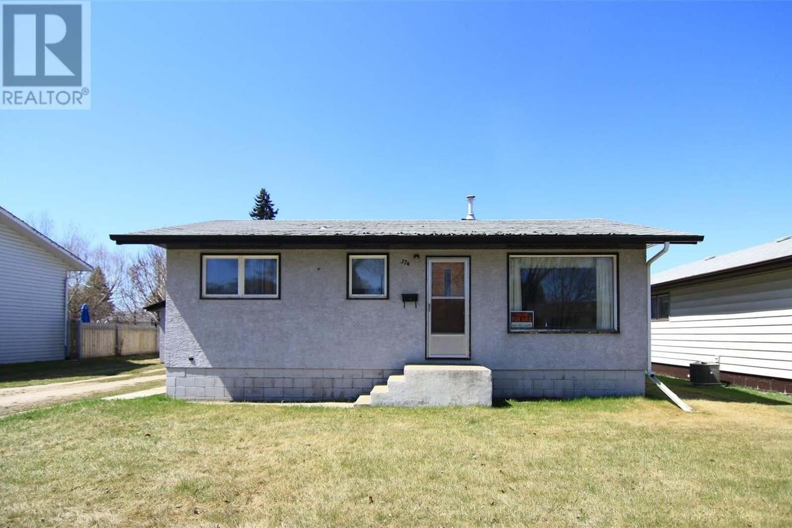 House for sale at 374 Betts Ave Yorkton Saskatchewan - MLS: SK802949