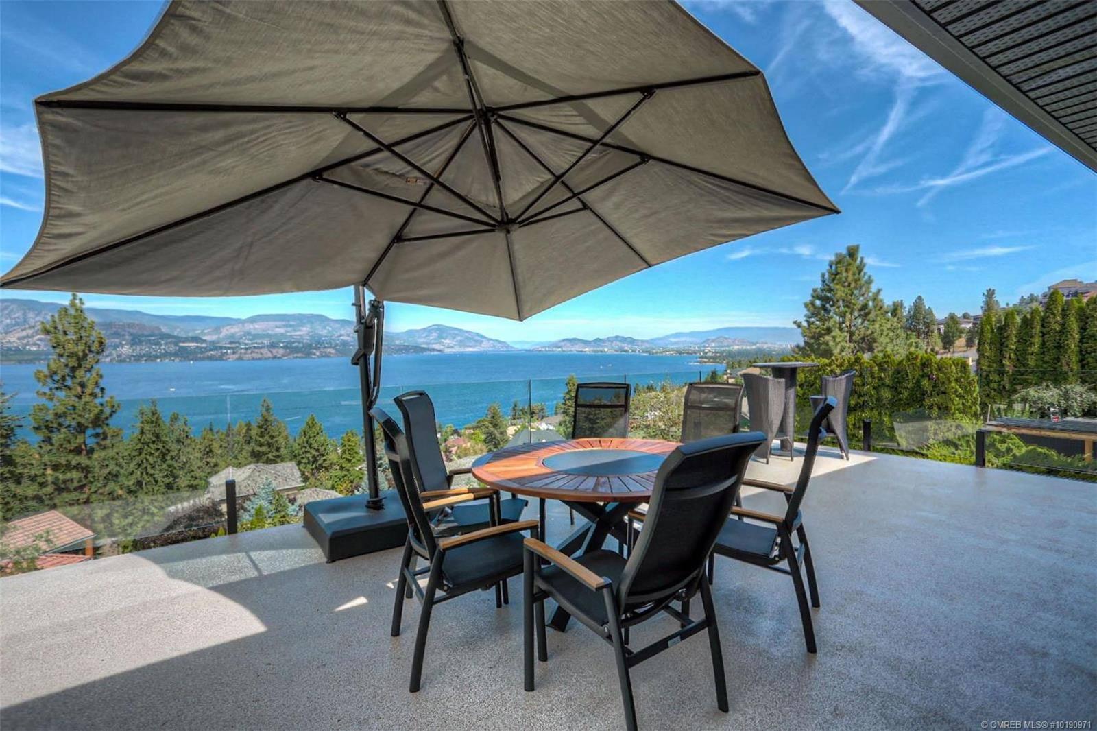 House for sale at 374 Okaview Rd Kelowna British Columbia - MLS: 10190971