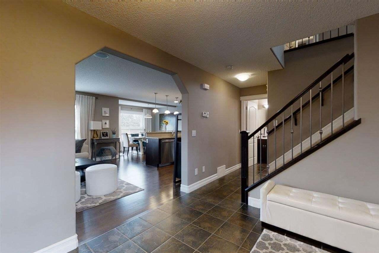 3745 Alexander Crescent SW, Edmonton | Image 2