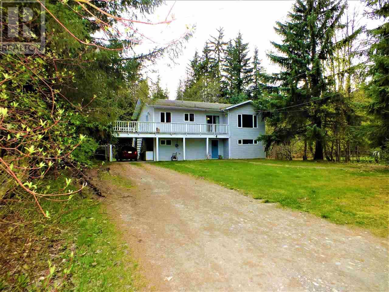 House for sale at 375 Kalum Lake Rd Terrace British Columbia - MLS: R2439355