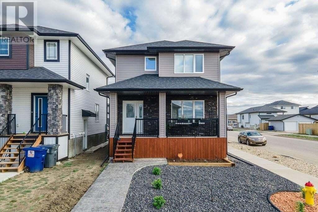 House for sale at 375 Marlatte St Saskatoon Saskatchewan - MLS: SK810112