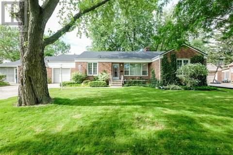 House for sale at 375 Roselawn Dr Windsor Ontario - MLS: 19019807