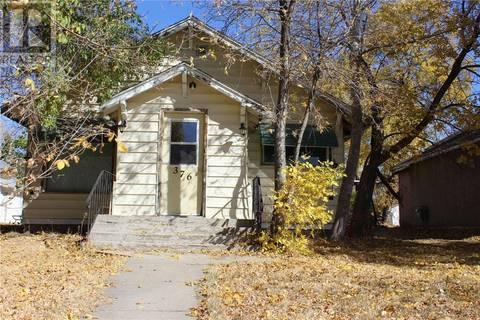 House for sale at 376 3rd St W Shaunavon Saskatchewan - MLS: SK793382