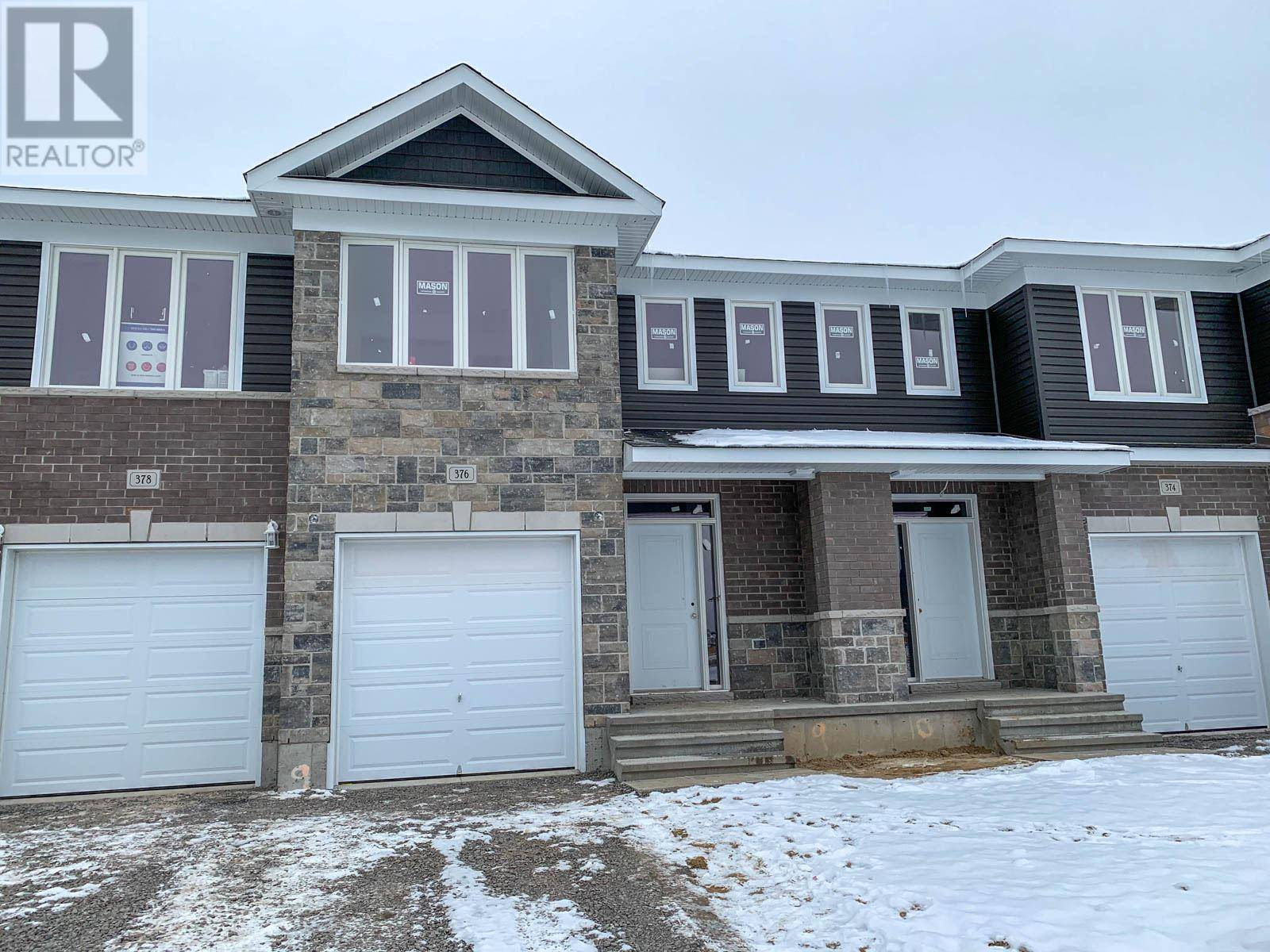Townhouse for sale at 376 Buckthorn Dr Kingston Ontario - MLS: K20000368