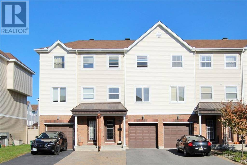 Townhouse for rent at 376 Moffatt Pond Ct Ottawa Ontario - MLS: 1172825