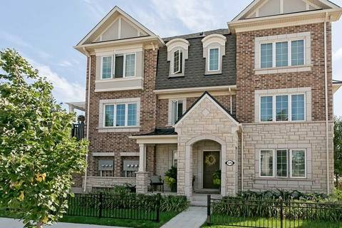 Townhouse for sale at 376 Timberland Gt Oakville Ontario - MLS: W4582590