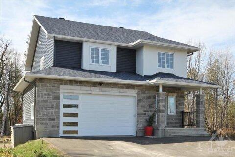 House for sale at 3765 Grainger Park Rd Kinburn Ontario - MLS: 1217166