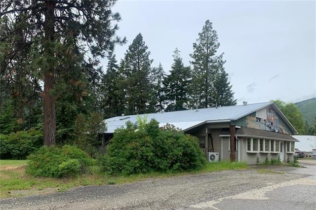 House for sale at 3765 Whispering Pines Frontage Rd Falkland British Columbia - MLS: 10208033