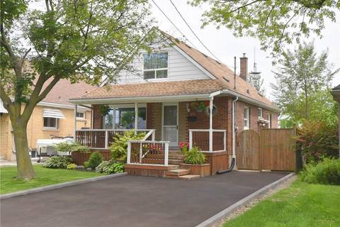 House for sale at 377 16th St East Hamilton Ontario - MLS: H4056698