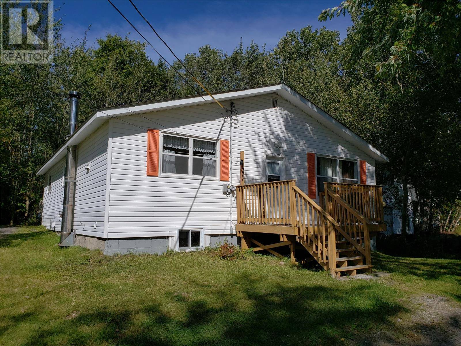 House for sale at 377 J R Smallwood Blvd Gambo Newfoundland - MLS: 1211852