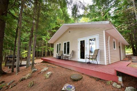 Home for sale at 3774 Rock Island Rd Nakusp British Columbia - MLS: 2432978