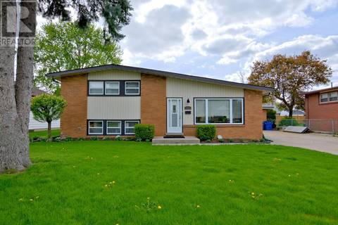 House for sale at 3775 Virginia Park Ave Windsor Ontario - MLS: 19018023