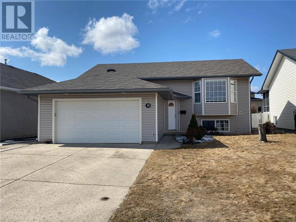 House for sale at 378 Stratton Wy Se Medicine Hat Alberta - MLS: mh0191932
