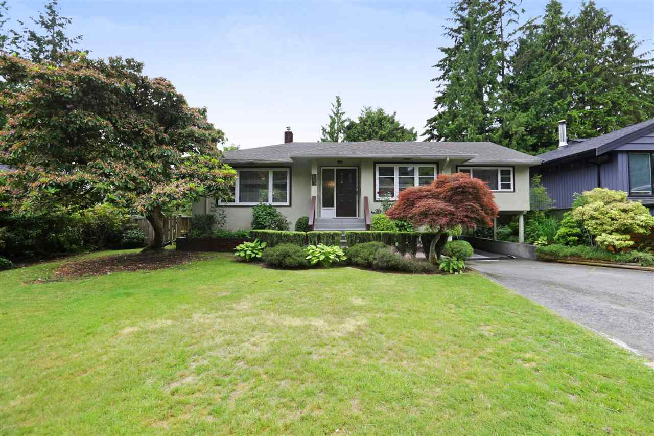 Removed: 3789 Hillcrest Avenue, North Vancouver, BC - Removed on 2018-09-13 05:09:05