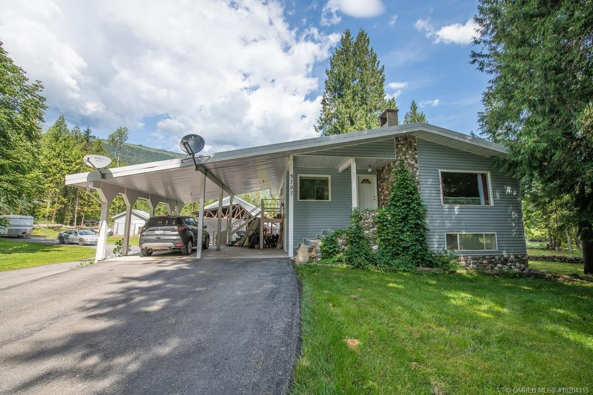 House for sale at 3797 Sommerville-husted Rd Malakwa British Columbia - MLS: 10204315