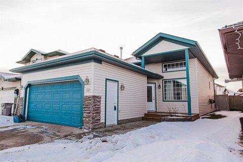House for sale at 38 Pinnacle Crossing   Grande Prairie Alberta - MLS: A1054918