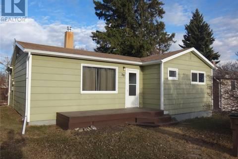 House for sale at 38 3rd St SW Wadena Saskatchewan - MLS: SK768286