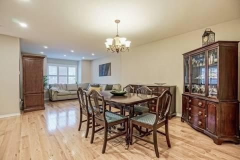 Condo for sale at 64 Sandlewood Ct Aurora Ontario - MLS: N4420773
