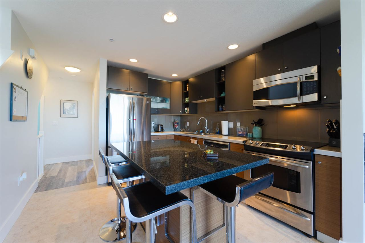 For Sale: 38 - 728 West 14th Street, North Vancouver, BC | 3 Bed, 3 Bath Townhouse for $939,000. See 19 photos!