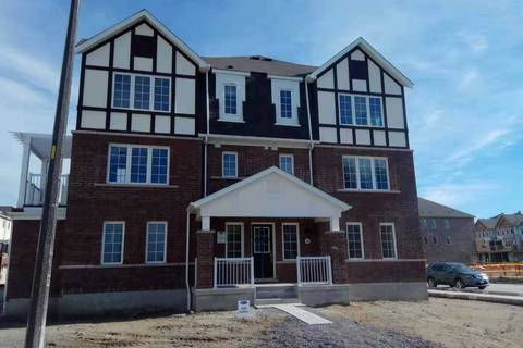 Townhouse for rent at 38 Bluegill Cres Whitby Ontario - MLS: E4620056