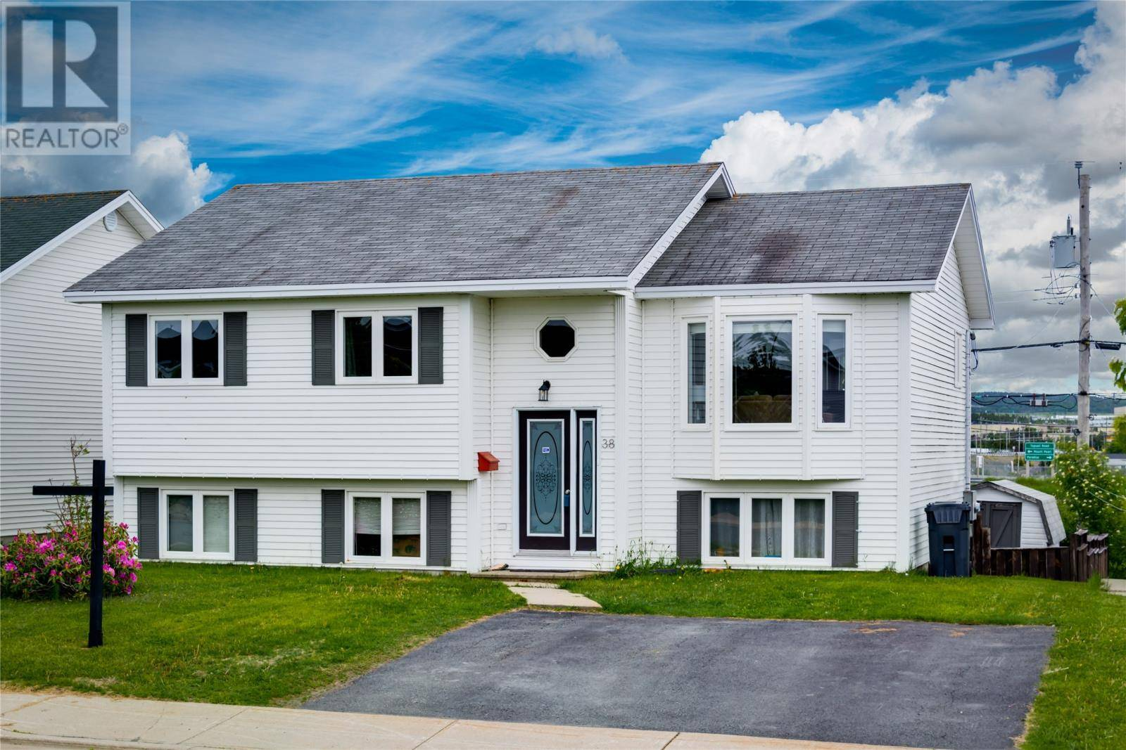 House for sale at 38 Canterbury Dr Paradise Newfoundland - MLS: 1204881