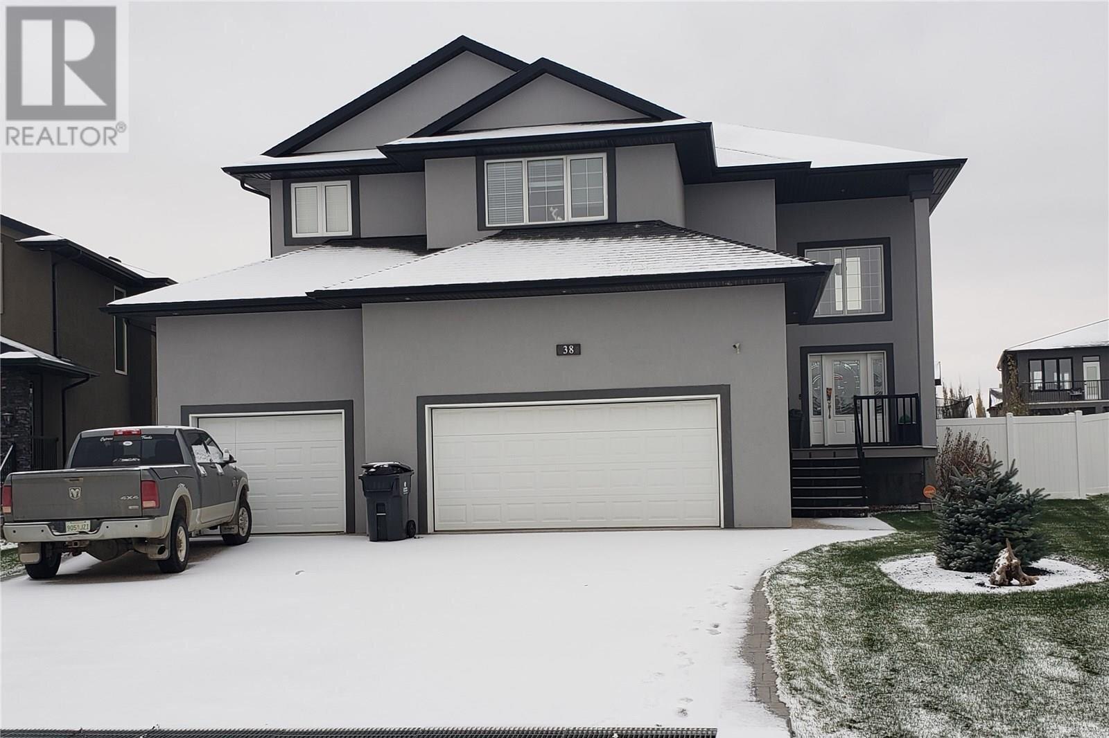 House for sale at 38 Churchill Cres White City Saskatchewan - MLS: SK831256
