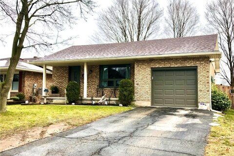 House for sale at 38 Crestlynn Cres Simcoe Ontario - MLS: 40047622
