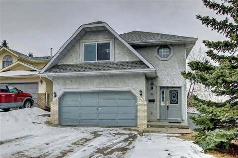 House for sale at 38 Deerview Ht Southeast Calgary Alberta - MLS: C4293003