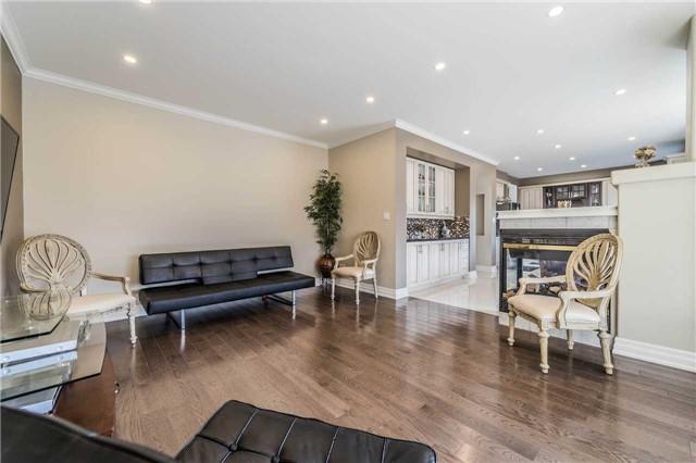 For Sale: 38 Dogwood Street, Markham, ON | 4 Bed, 6 Bath House for $1,098,888. See 20 photos!