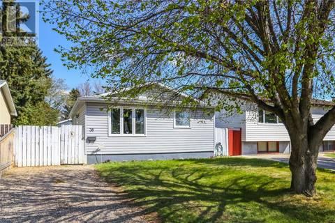 House for sale at 38 Dominion Cres Saskatoon Saskatchewan - MLS: SK772543